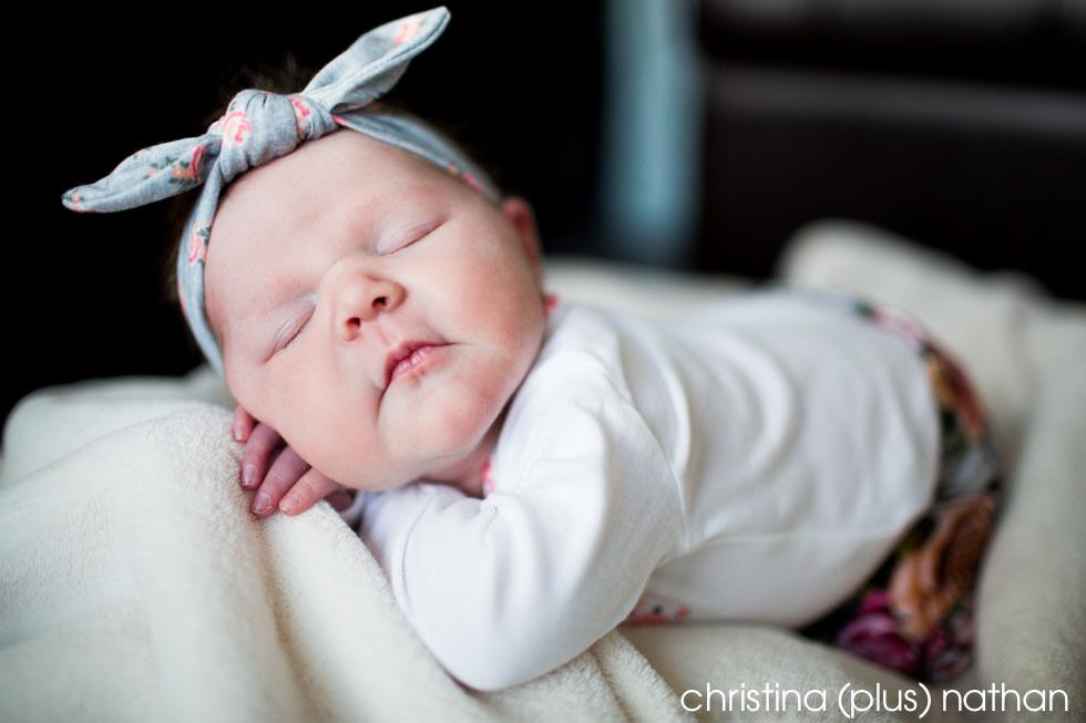 Calgary-Newborn-onlocation-photography-girl